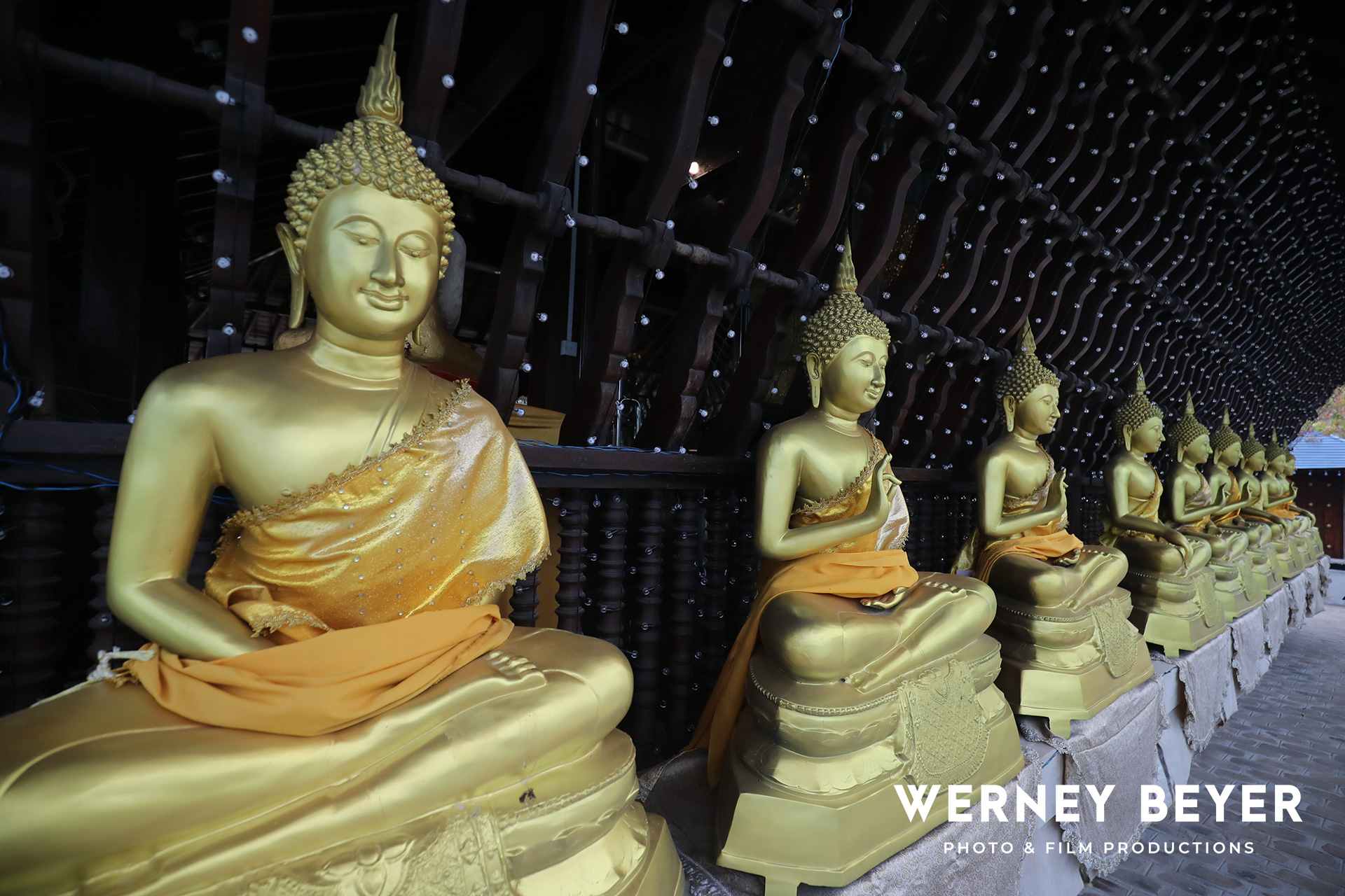 Lord Buddha, Colombo, Sri Lanka